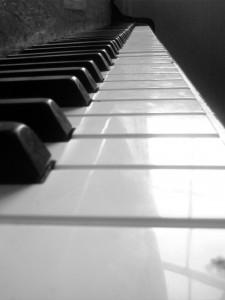 Tasten eines Digitalpianos
